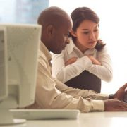 Trabajar y estudiar al mismo tiempo: Ventajas y Desventajas