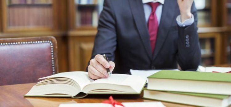 Qué estudiar para ser abogado | Requisitos y Oportunidades