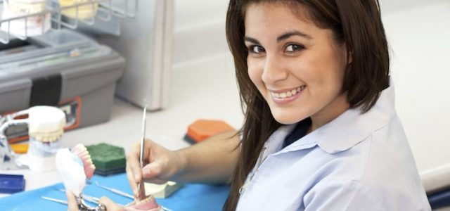 Qué estudiar para ser asistente dental - Qué Estudiar