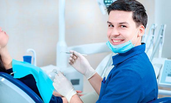 Qué estudiar para ser dentista | Requisitos y Oportunidades
