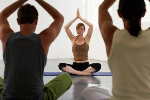 Qué estudiar para ser instructor de yoga