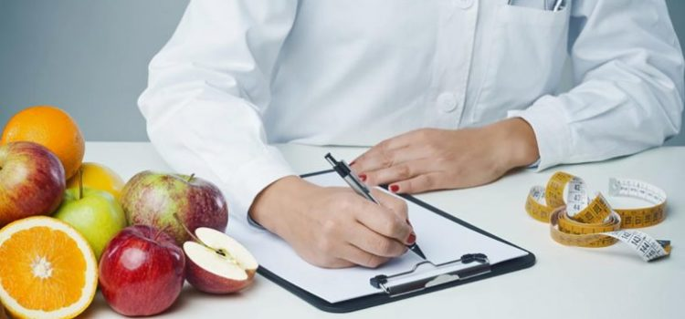 Qu estudiar para ser nutricionista requisitos y for Requisitos para estudiar arquitectura