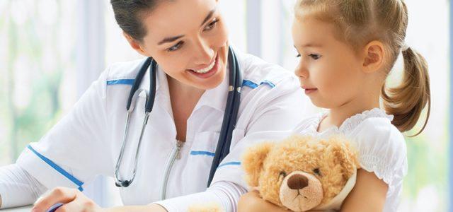 Qué estudiar para ser pediatra | Requisitos y Oportunidades