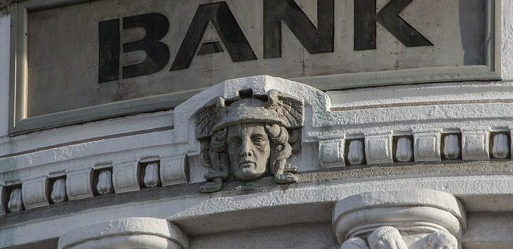 Qué estudiar para trabajar en un Banco