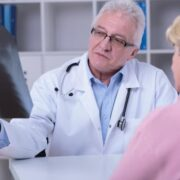 Qué estudiar para ser reumatólogo
